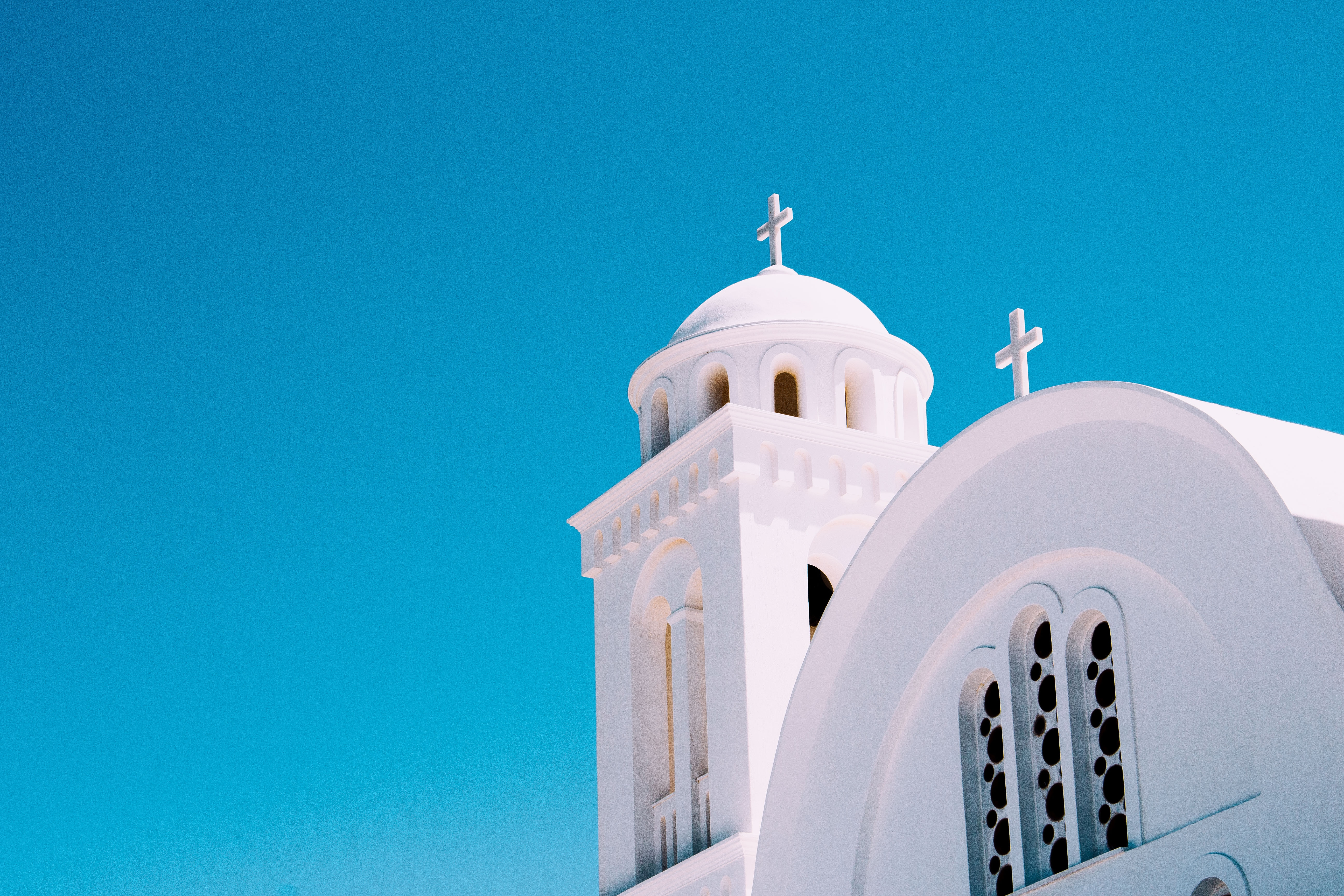 Кръст на църква в Гърция