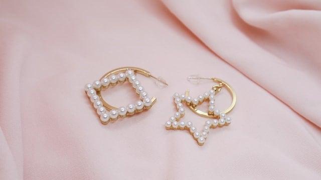 Нежни бижута с перли