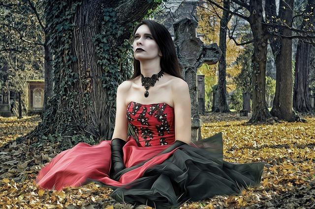 Жена гот на гробище